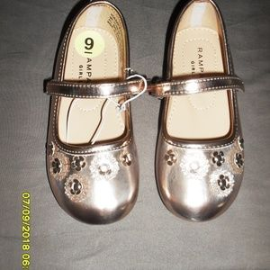 New Girls Rampage Dress Shoes Size 9